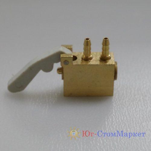 Клапан ложе инструментов стоматологической установки - В нормальном состоянии закрыт
